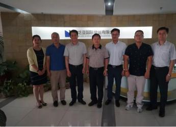 葛连成会长一行走访山东泛亚国际货运有限公司